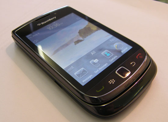 Blackberry Torch 9800 Black And White. Complete BlackBerry Torch 9800