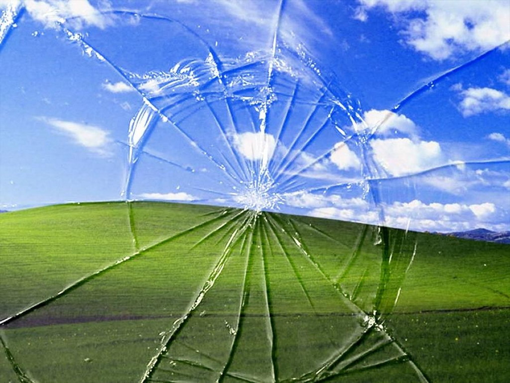 screensaver on 45 Realistic Cracked And Broken Screen Wallpapers   Technosamrat