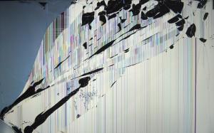 Cracked Screen Desktop Wallpaper Photo