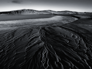 Black and White Sand Wallpaper Image