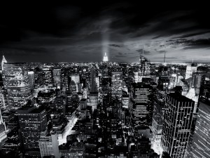 Black and White Wallpaper of City Picture