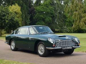 Photo of Beautiful Aston Martin DB5