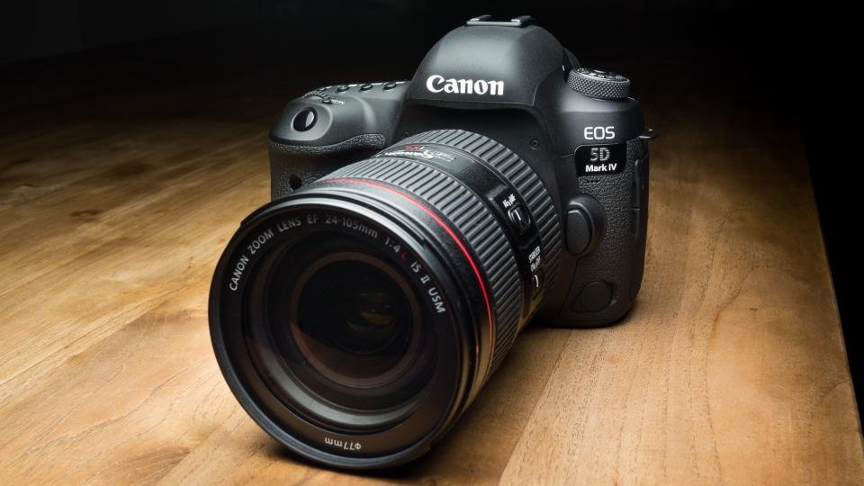 Best Canon Dslr Professional Camera
