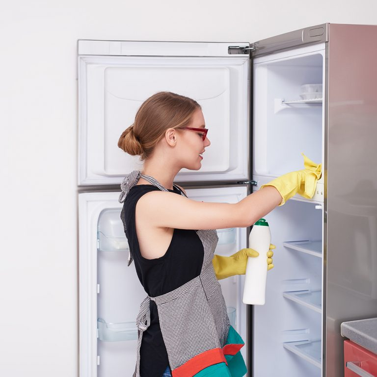 How to Clean Refrigerator in Simple Steps