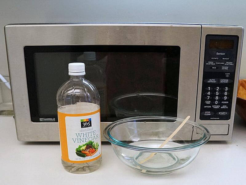 How To Clean A Microwave Oven Technosamrat